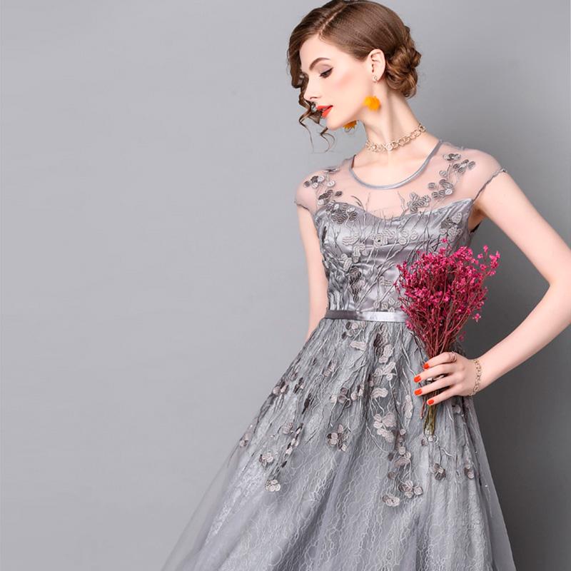 Vestido de fiesta corto Mod. VC5539 color plata