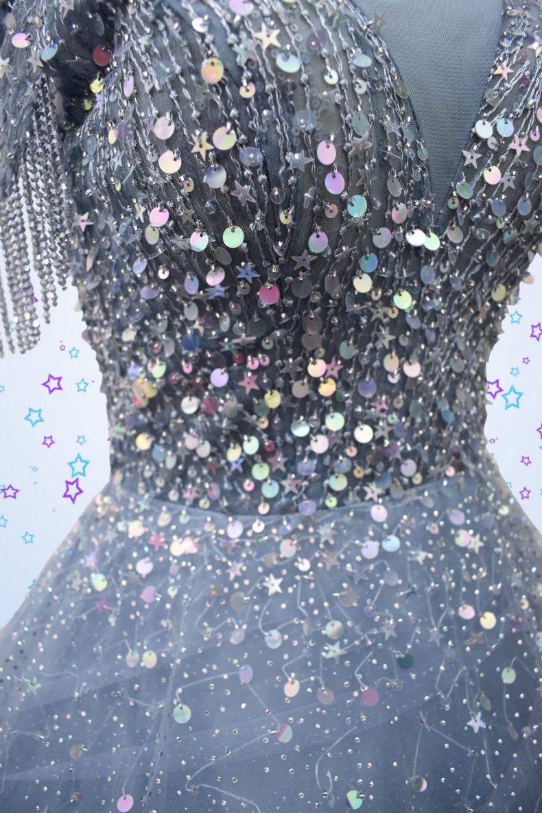 Renta de vestido de xv años Largo Mod. VL4682 color azul cielo con lentejuelas de estrellas