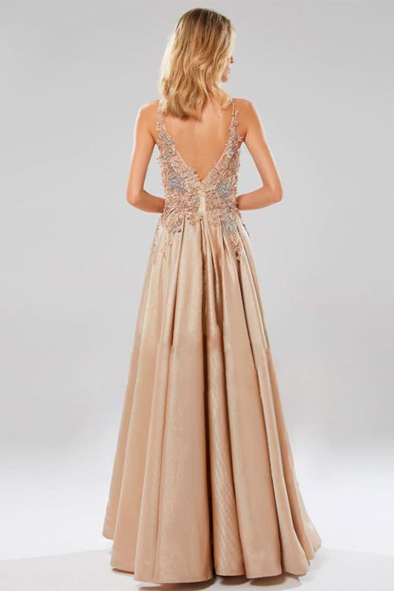 Renta de vestido de fiesta Largo Mod. VL7224 color Champange. Entrega a domicilio, servicio de costurera gratis ¡Entra ya!
