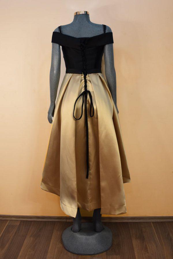 Renta de vestido de fiesta corto Mod. VC8841 color negro oro