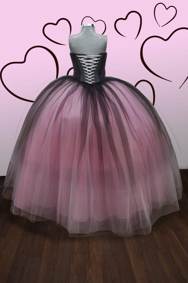 Renta de vestido de XV años Largo Mod. Vestido Mod. VQ1602 color rosa degradado con negro