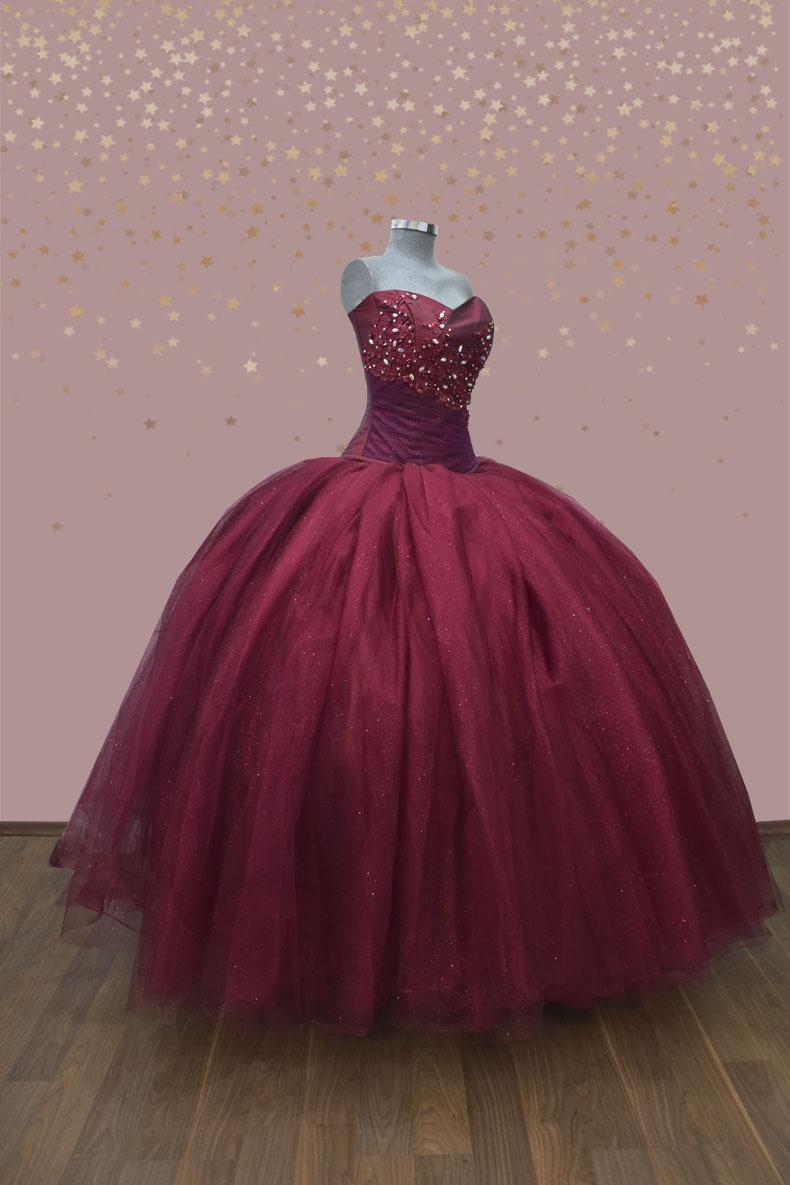 Vestido de xv años strapless en color vino