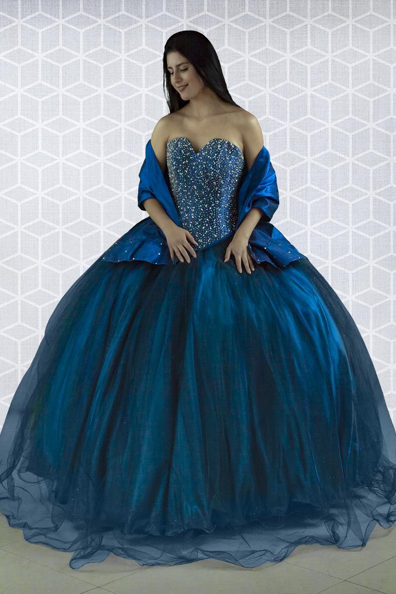Vestido de xv años  en color azul rey