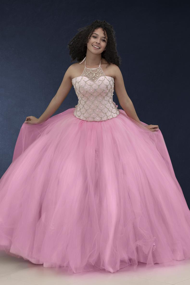 Vestido de xv años de tirantes en color rosa