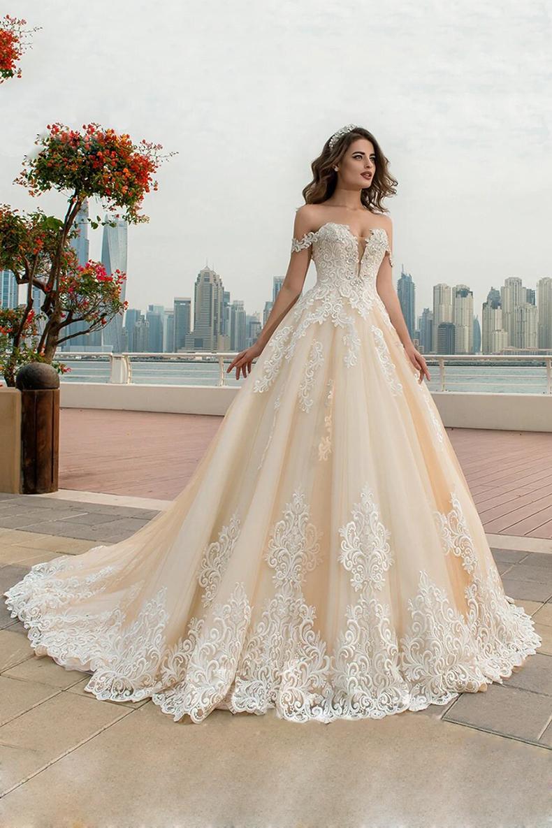 Vestido de novia largo aplicación bordada